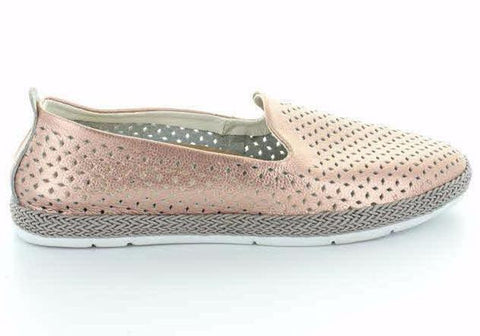 CC Resorts Remi Womens Comfortable Leather Casual Flats