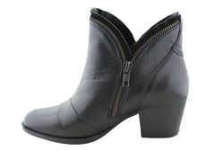 Earth Hawthorne Womens Comfortable Leather Ankle Boots