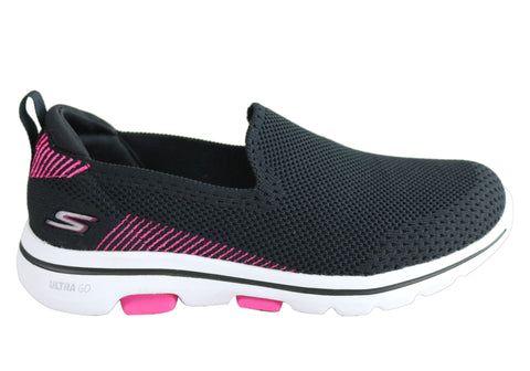 Skechers Go Walk 5 Prized Womens Comfortable Machine Washable Shoes