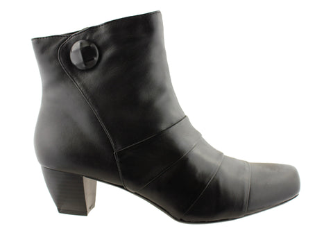 Hush Puppies Suburban Womens Leather Medium Heel Ankle Boots