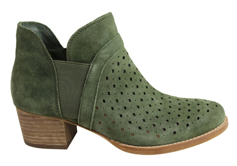 Earth Keren Womens Memory Foam Cushioned Suede Comfortable Ankle Boots