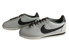 Nike Womens Comfortable Classic Cortez SE Lace Up Shoes