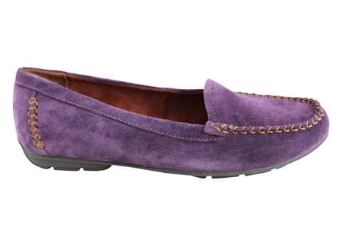 Naturalizer Kellyn Womens Suede Cushioned Comfort Flat Loafer Shoes