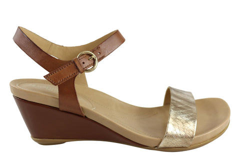 Naturalizer Silva Womens Comfortable Leather Wedge Sandals
