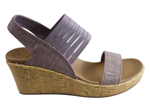 Skechers Womens Beverlee Smitten Kitten Comfortable Wedge Sandals