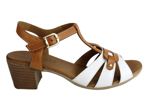 Le Sansa By CC Resorts Layla Womens Comfort Leather Mid Heel Sandals
