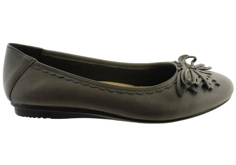 Planet Shoes Ebony Womens Leather Comfort Flats