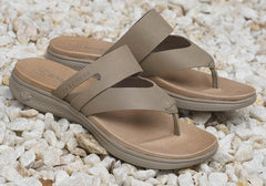 Skechers Womens On The Go Luxe Comfortable Leather Thongs Sandals