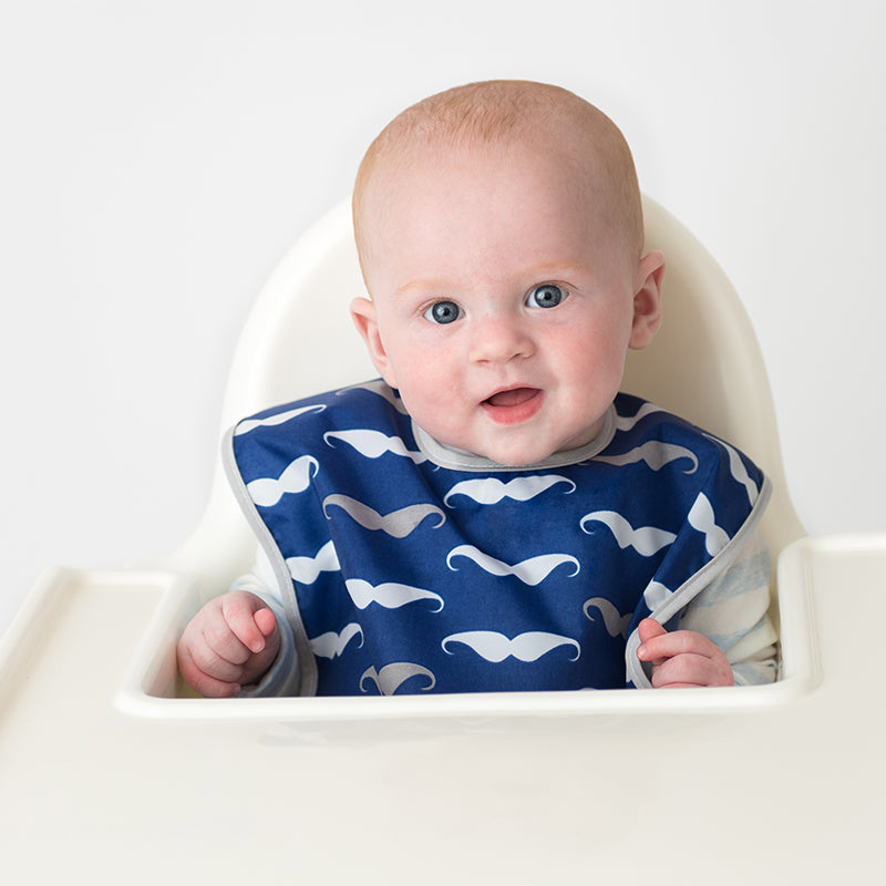 Baby in Cleanbib | Navy Moustache