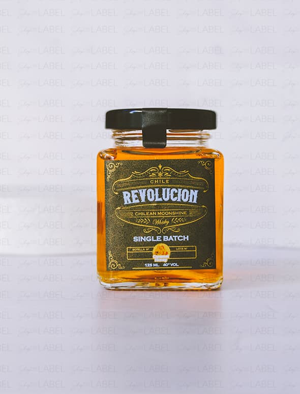 Mini Whisky Revolución Chilean Moonshine: Caramel Honey