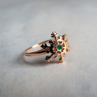 Gold Snowflake Ring with Green Emerald by Lior Zager - Matana Boutique