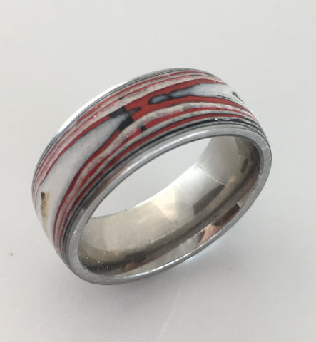 Magazine ring, size 8