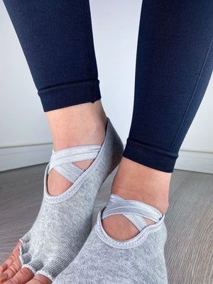 PILATES ČARAPE LIGHT GRAY