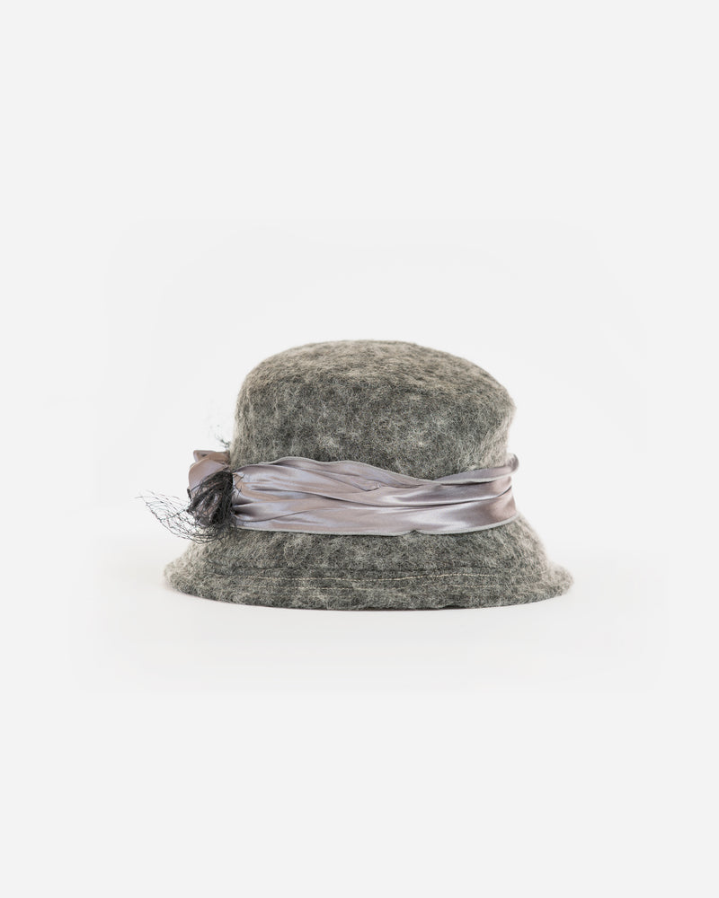 Woolen Cloche w. Satin Band
