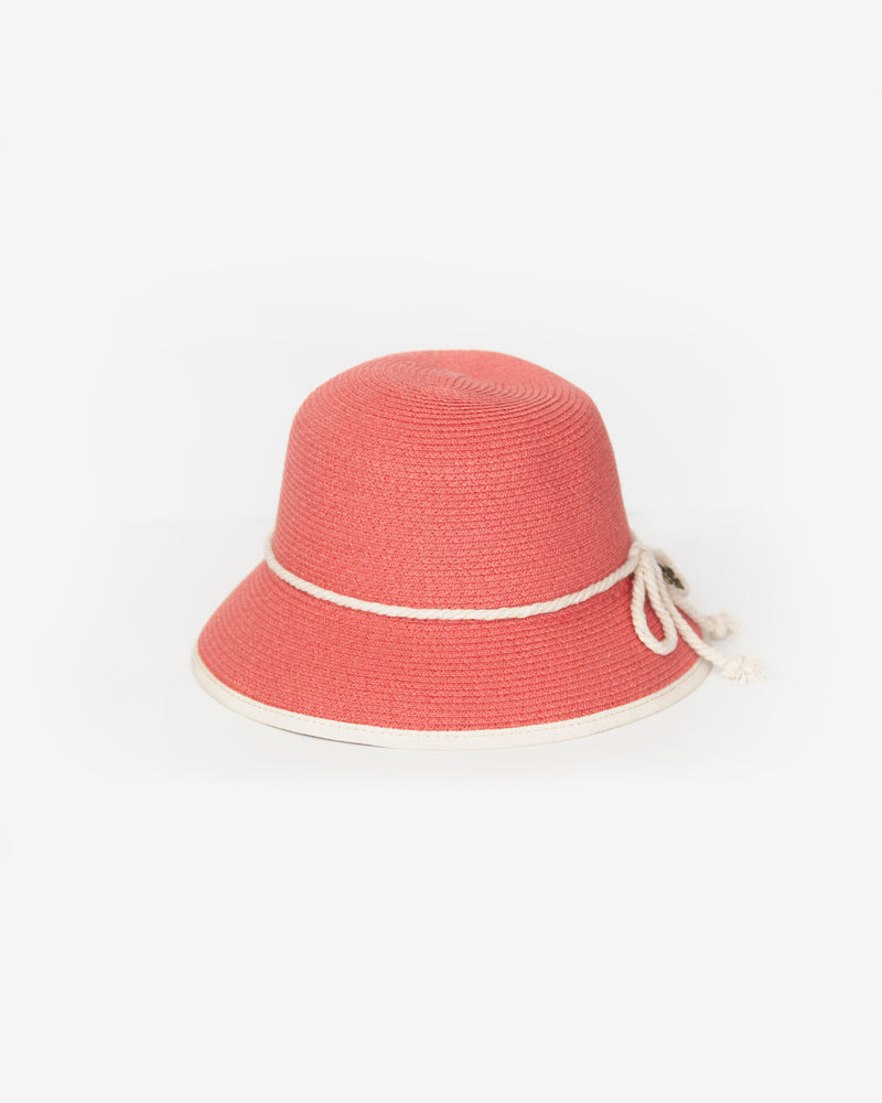 Packable Straw Cloche
