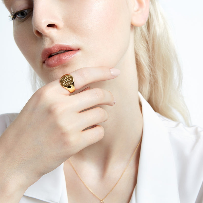 LANA OVAL SIGNET RING