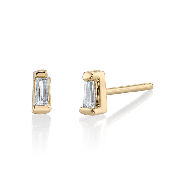 BAGUETTE DIAMOND STUD