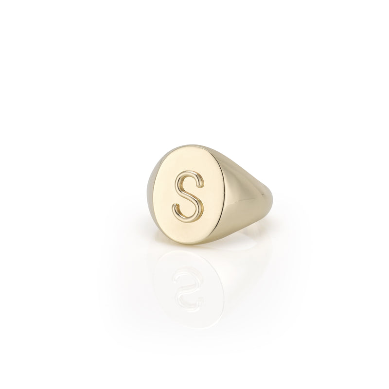 KARI INITIAL OVAL SIGNET RING - Preview