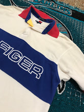 Load image into Gallery viewer, Vintage Tommy Hilfiger spell out M