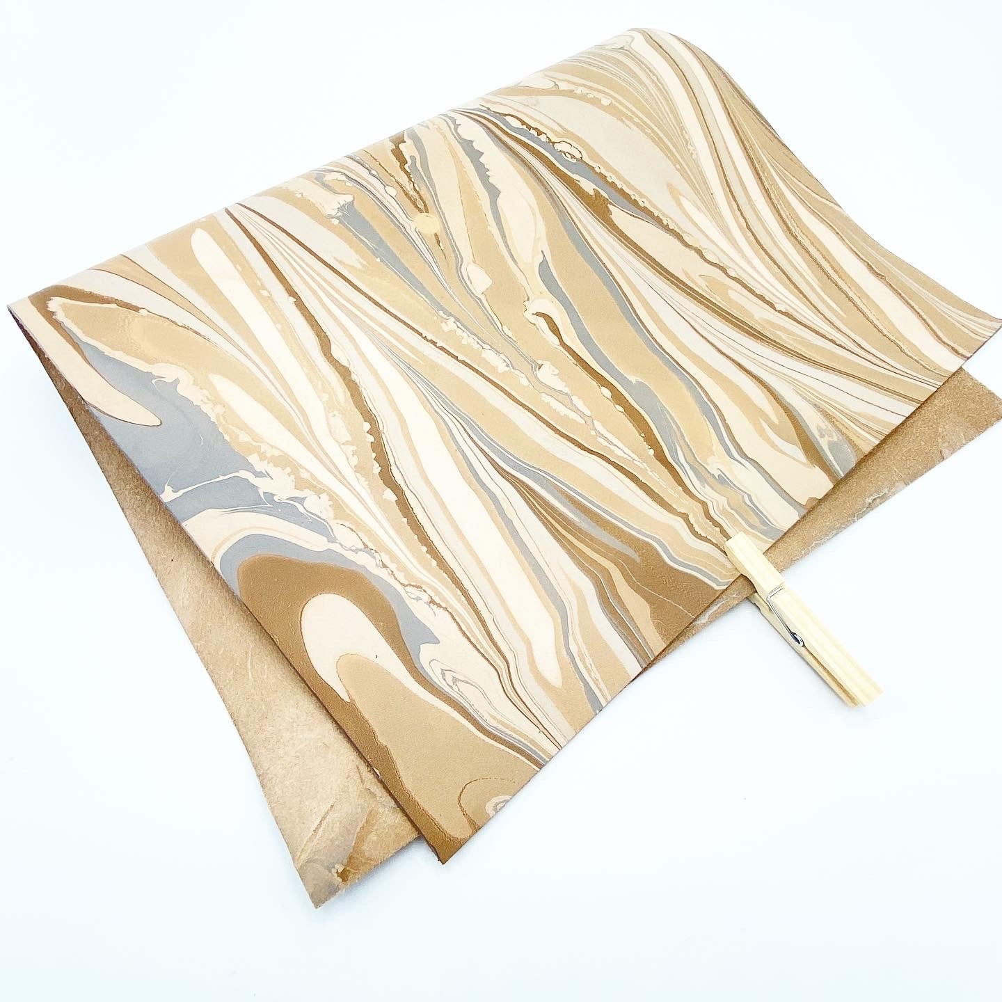 Cotton Breeze Large Leather Sheet