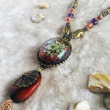 Load image into Gallery viewer, A Coral Tale - Statement Haar Necklace, Vintage Archives Collection