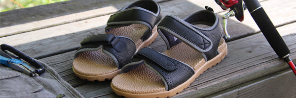 Men's Everywear Grafton Sandal with fishing gear