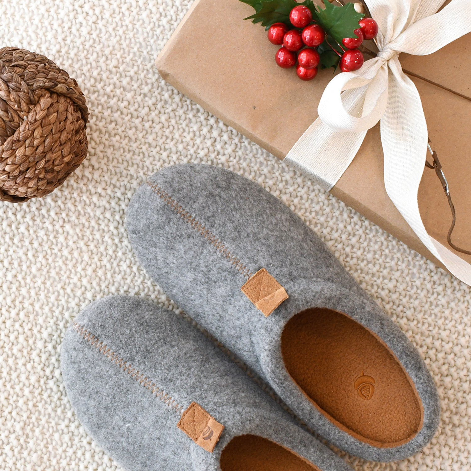 Acorn Women's Algae Bloom Wool Slippers with gift flatlay