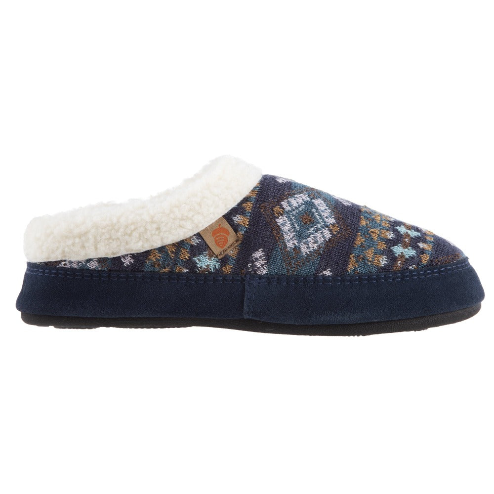 Women's Fairisles Hoodback Slipper in Blue Multi with different hues of blue and tan profile