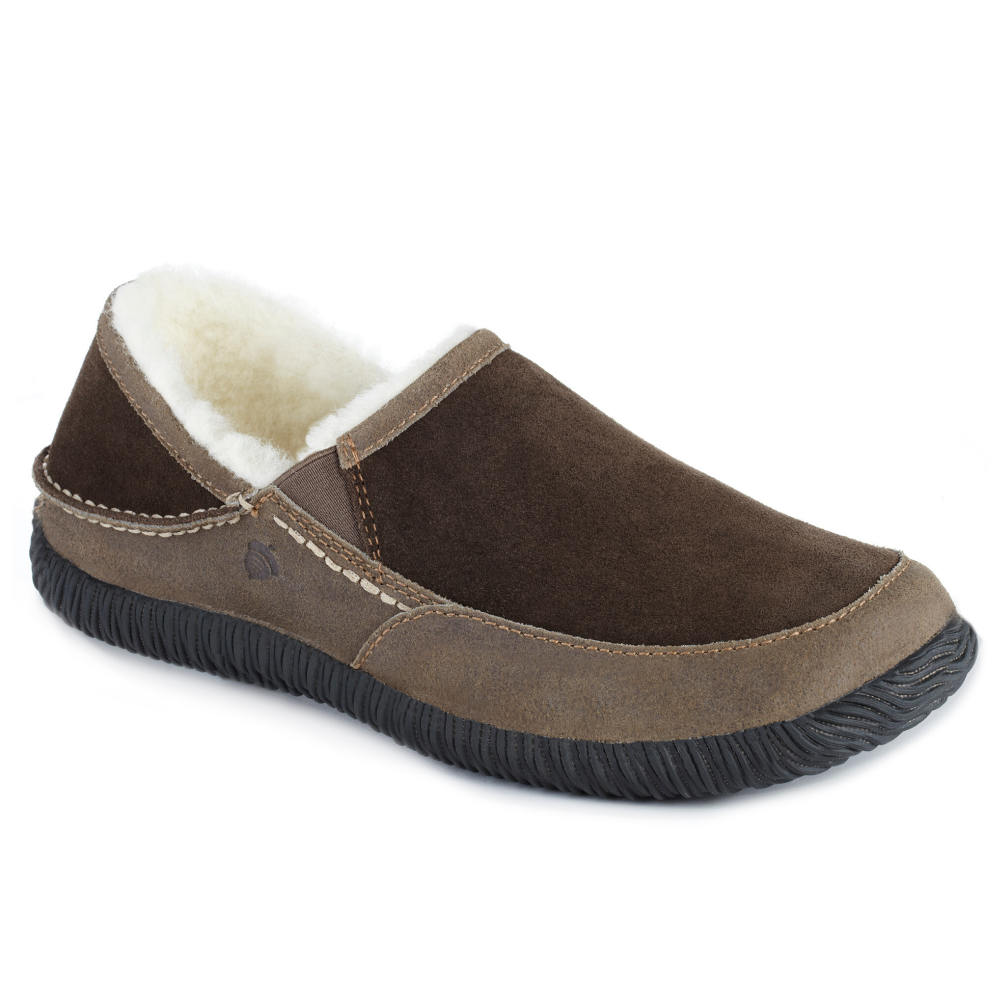 Acorn Men's Rambler Moccasin in Chocolate Profile View