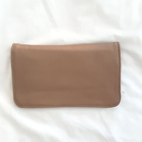 Mila Leather Clutch - Fawn