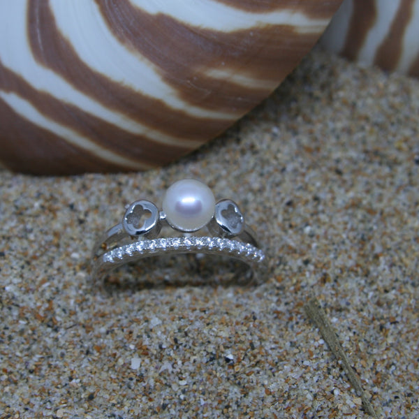 Lisa Pearl Sterling Silver Ring
