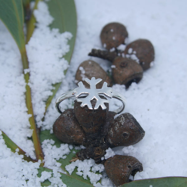 Tiny Sterling Silver Snowflake Ring