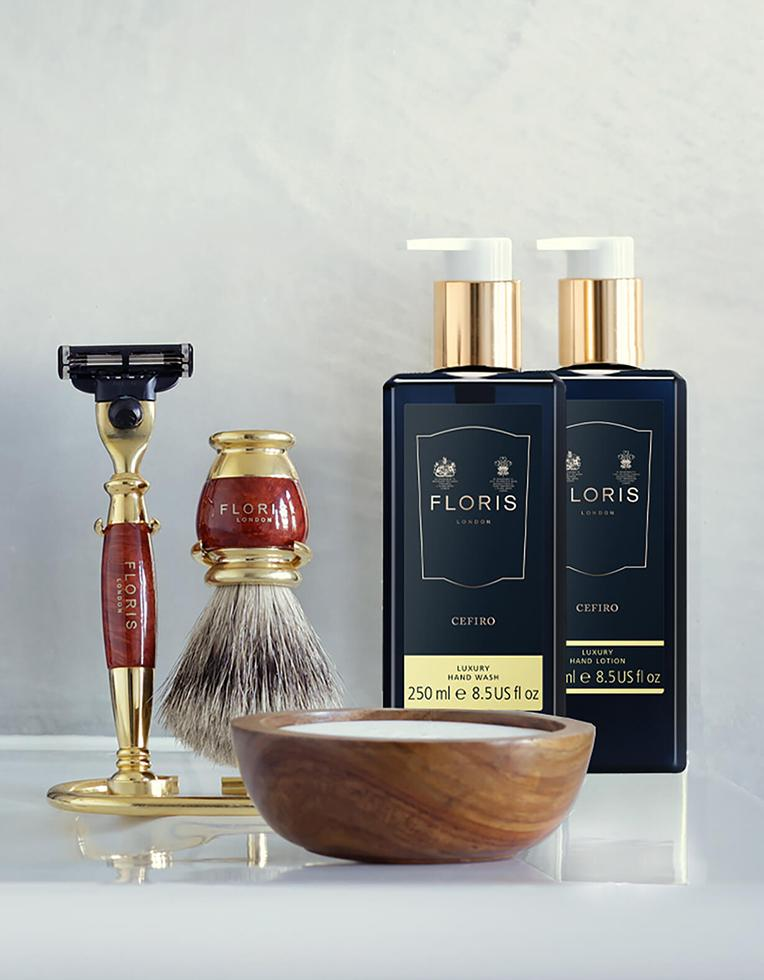 THE GROOMING COLLECTION