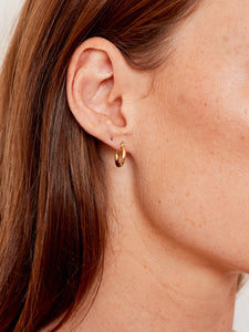 Fluid sleeper earrings