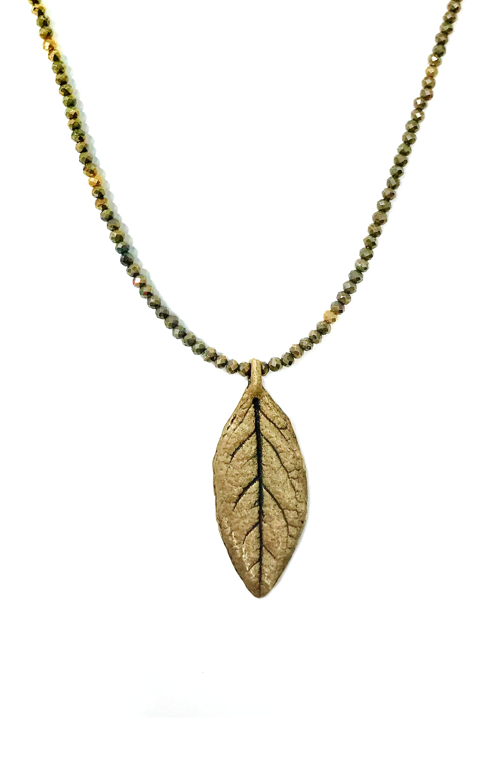 Affinity Petite Leaf Necklace