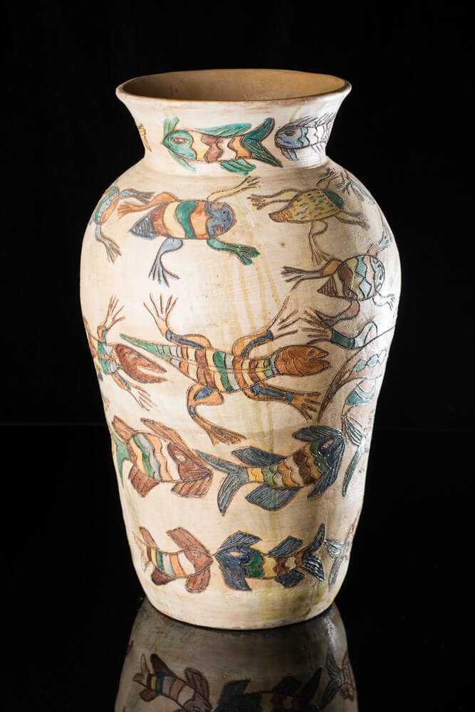 Ceramic pot with Fish & Lizards by Oaxacan Artist Dolores Porras