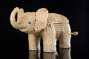 Mexican folk art elephant box made of straw, hand woven
