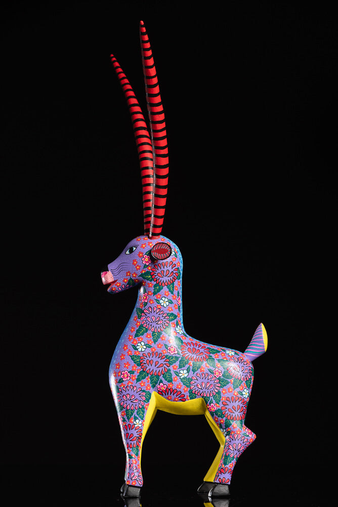 flowery gazelle Alebrije facing left