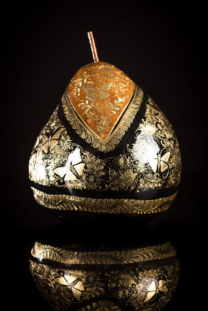 Gold Outlined lacquered gourd with butterflies by Mario Agustin Gaspar
