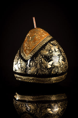Gold Outlined Lacquered Gourd decorated with butterflies & Floral motifs side1
