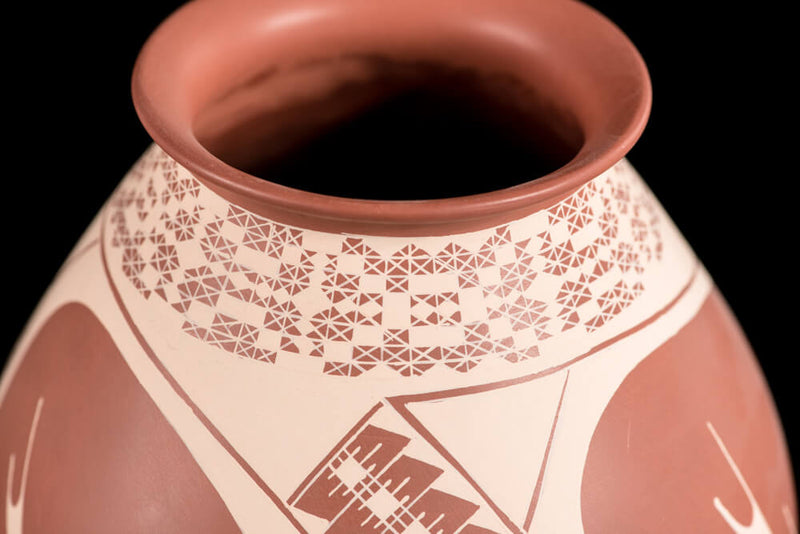 Mata-Ortiz-ceramic-pot-brown-loya-