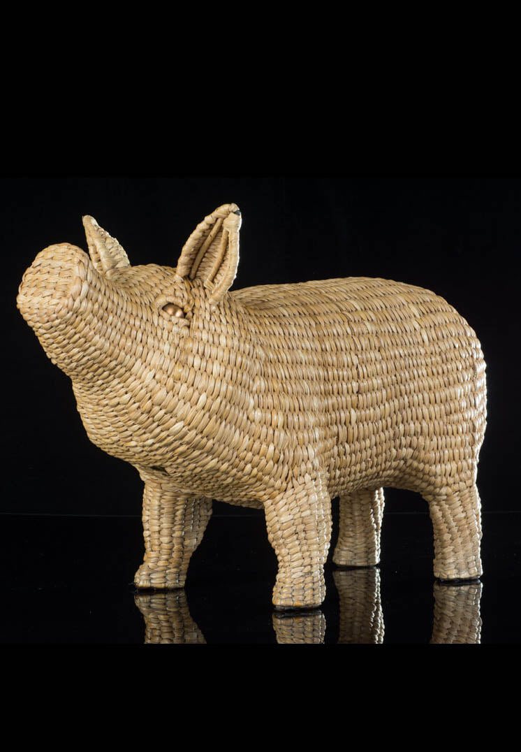 Mexican Pig Sculpture made of Hand Woven Straw in Patzcuaro Michoacan