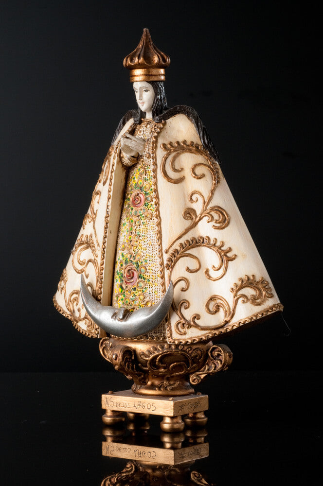 Our lady of San Juan de los Lagos Wood Carving By Cortez left