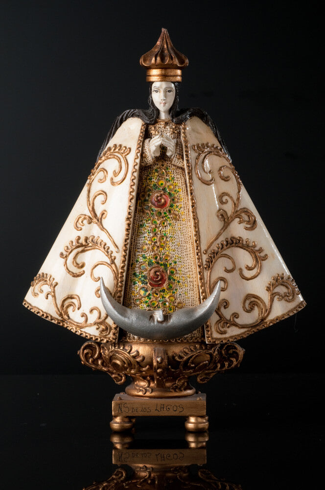 Our lady of San Juan de los Lagos Wood Carving By Cortez