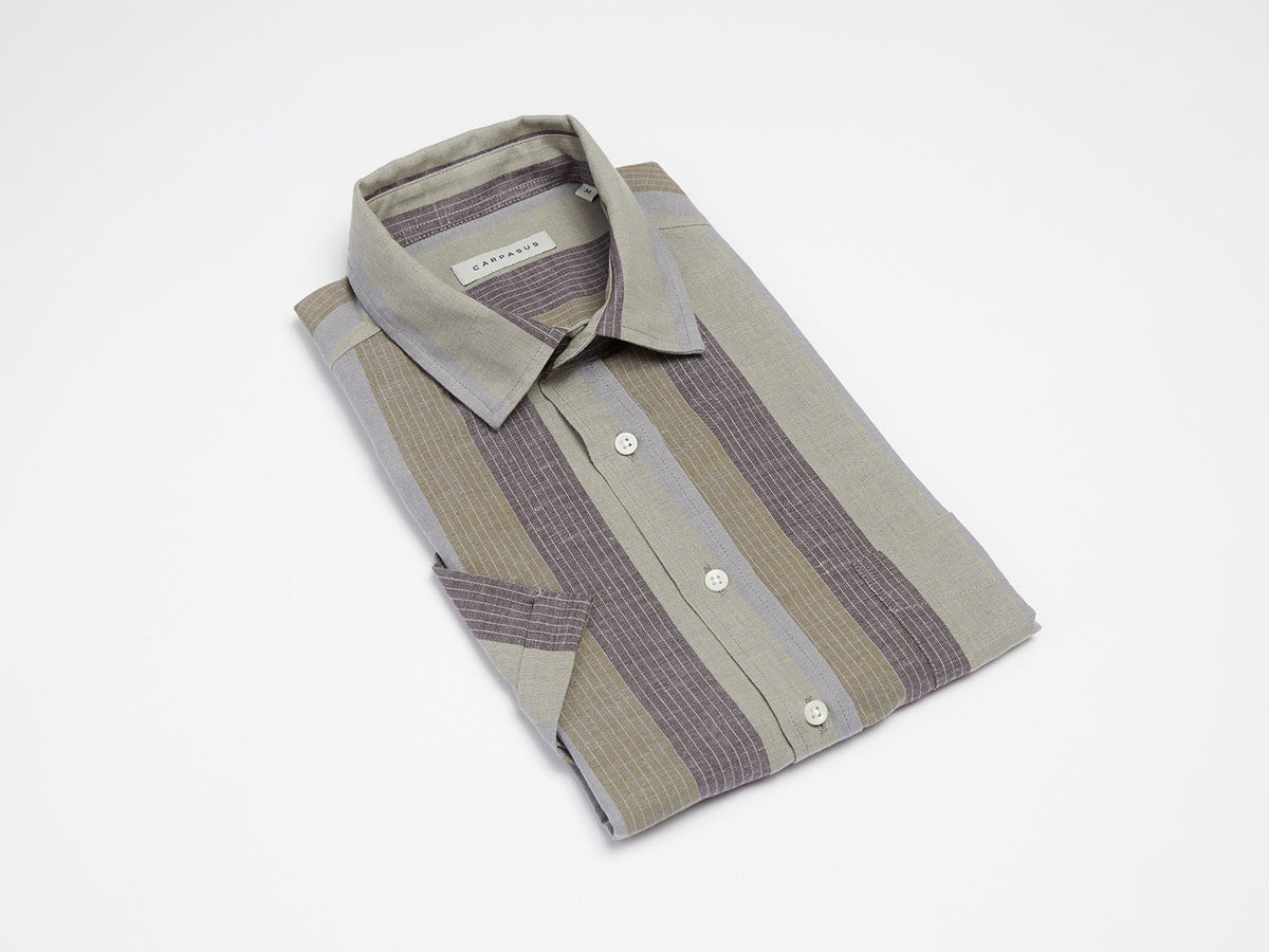 carpasus sustainable organic cotton and linen short sleeve shirt letten olive. Nachhaltiges Carpasus Hemd Letten Kurzarm aus Bio Baumwolle und Leinen in Olive