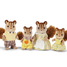 Load image into Gallery viewer, Calico Critters - Hazelnut Chipmunk Family