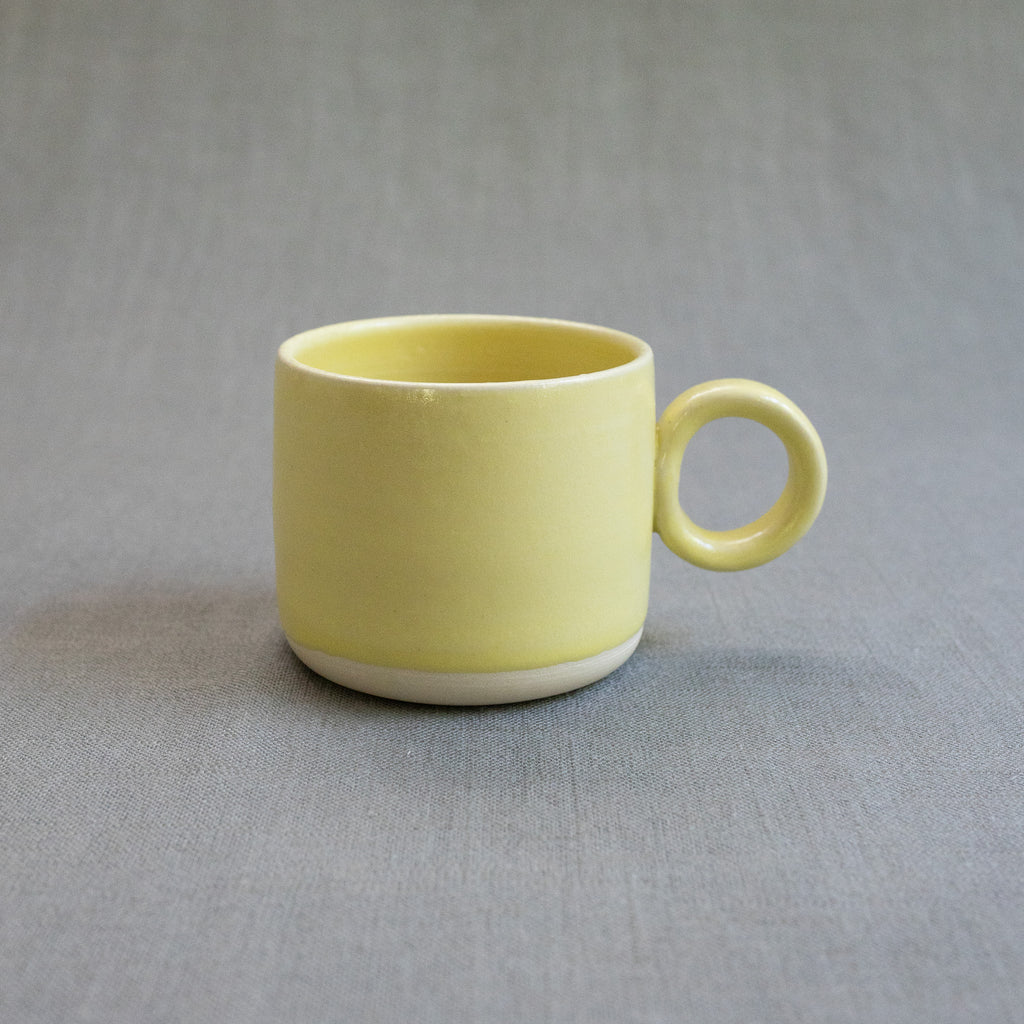 The Erica Mug in Lemon