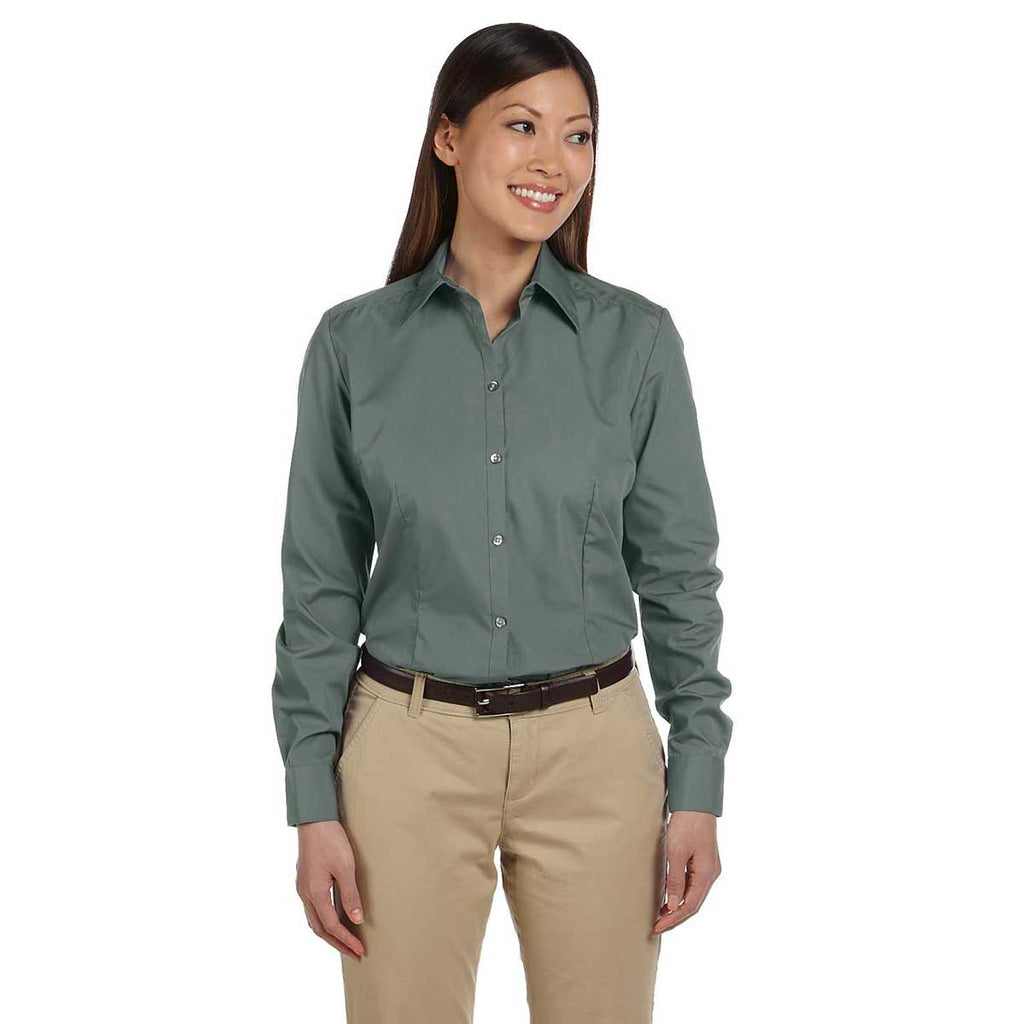 Van Heusen Women's Bayleaf Silky Poplin Dress Shirt