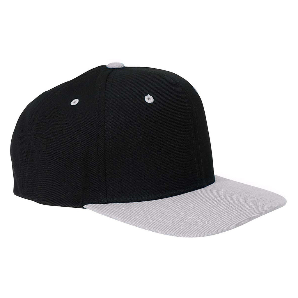 40a9fc72 Yupoong Black/Silver 6-Panel Structured Flat Visor Classic Snapback