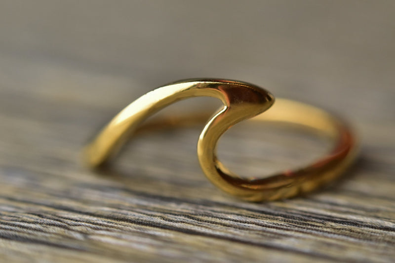 14k Gold Plated Wave Ring - Kat's Collection